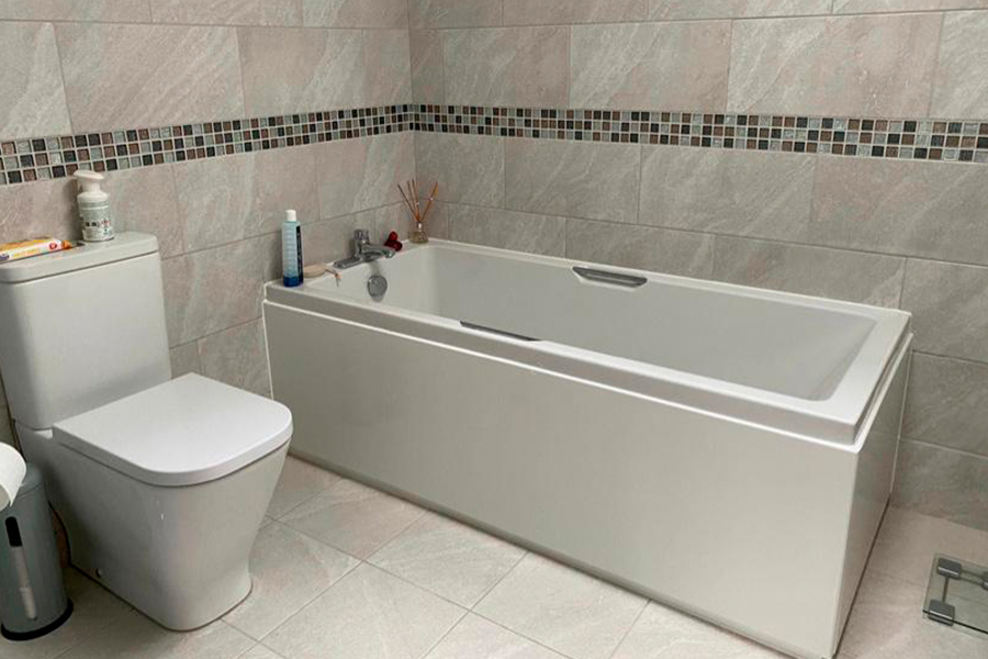 Bath and Toilet Install - Patience and Hilliard Builders in Norfolk