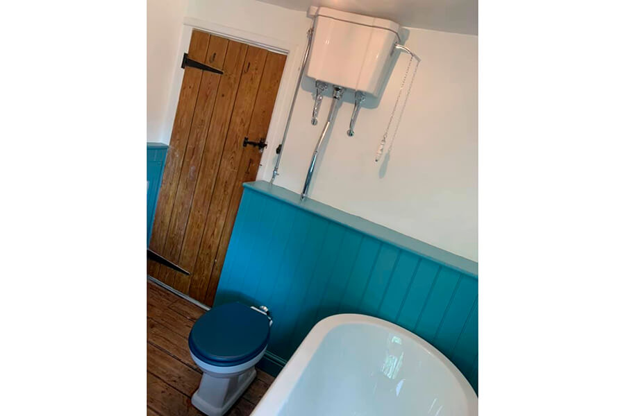 Toilet and Bath - Patience and Hilliard Builders in Norfolk